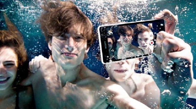 Smarthphone sott'acqua