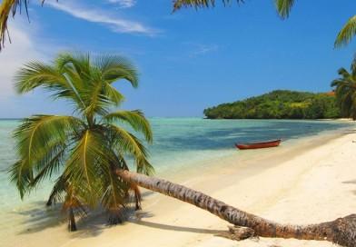 Le coste malgasce in nave