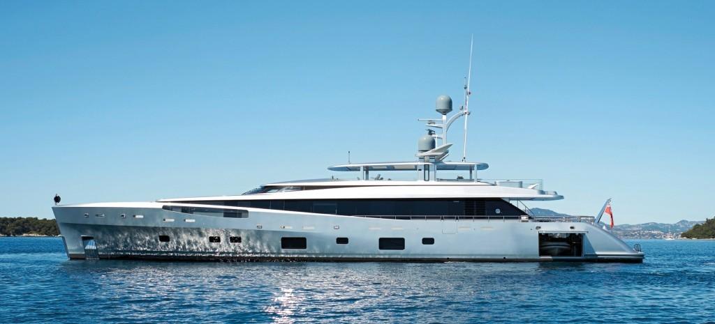 yacht como