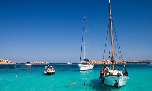 mykonos-barca